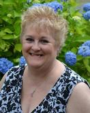 Date Single Senior Women in New Hampshire - Meet LYNNC58